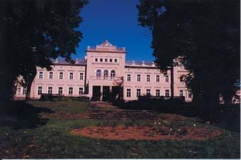 Plungės kunigaikščių Oginskių rūmai. D. Mukienės nuotrauka